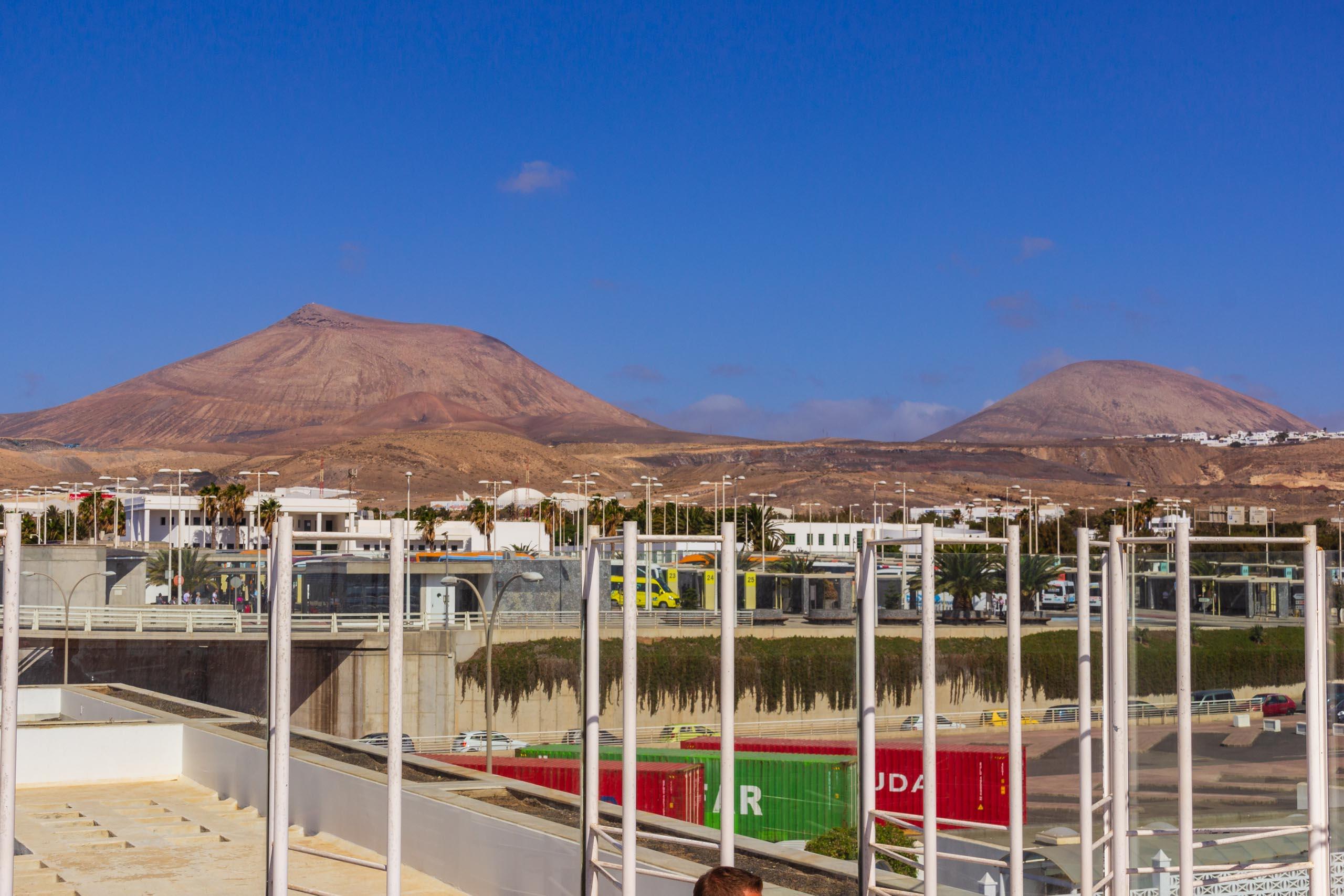 2016 09 Lanzarote Airport 002