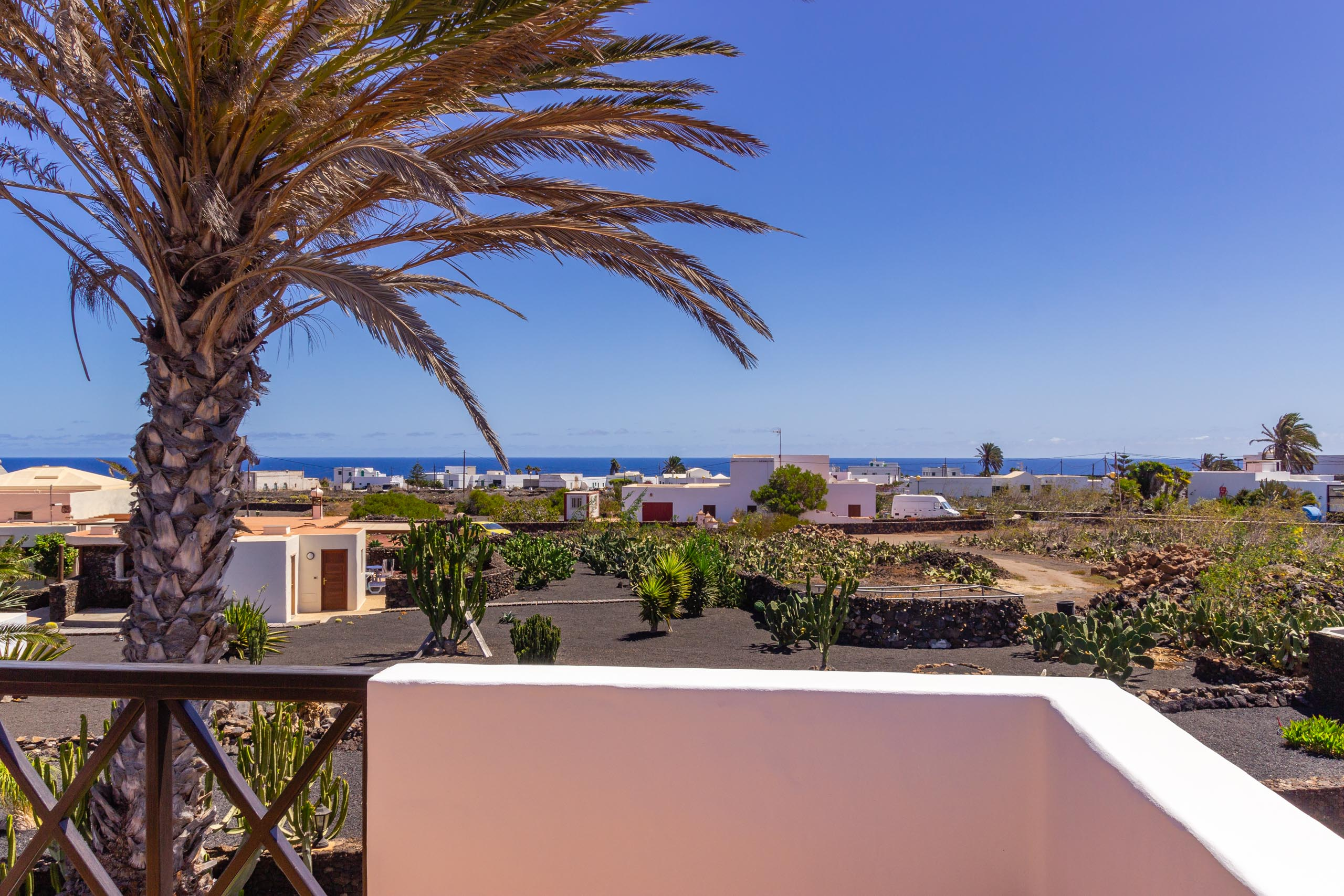 2016 09 Lanzarote GardenNeighbourhood 2 003