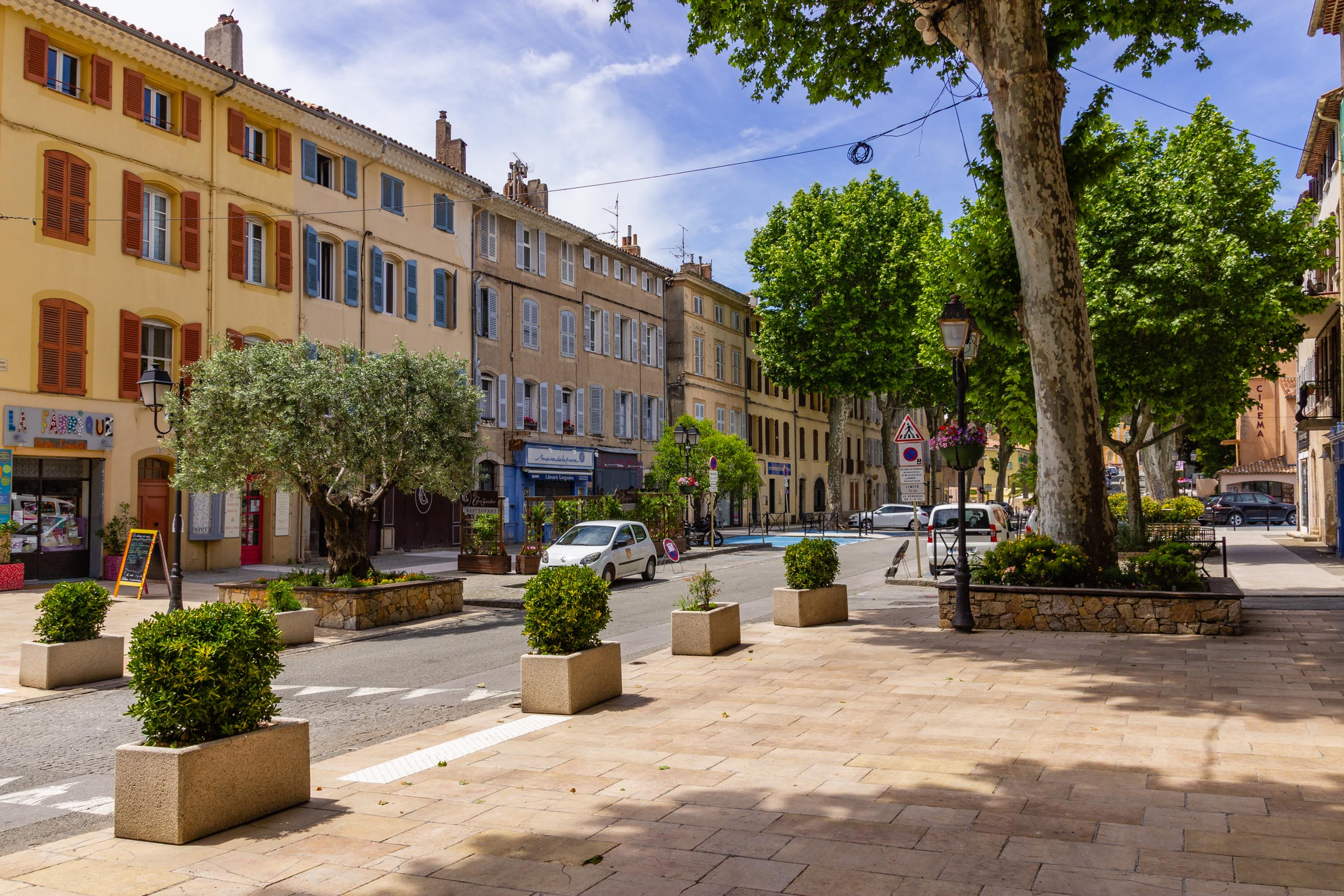 2018 05 Provence Lourgues 001