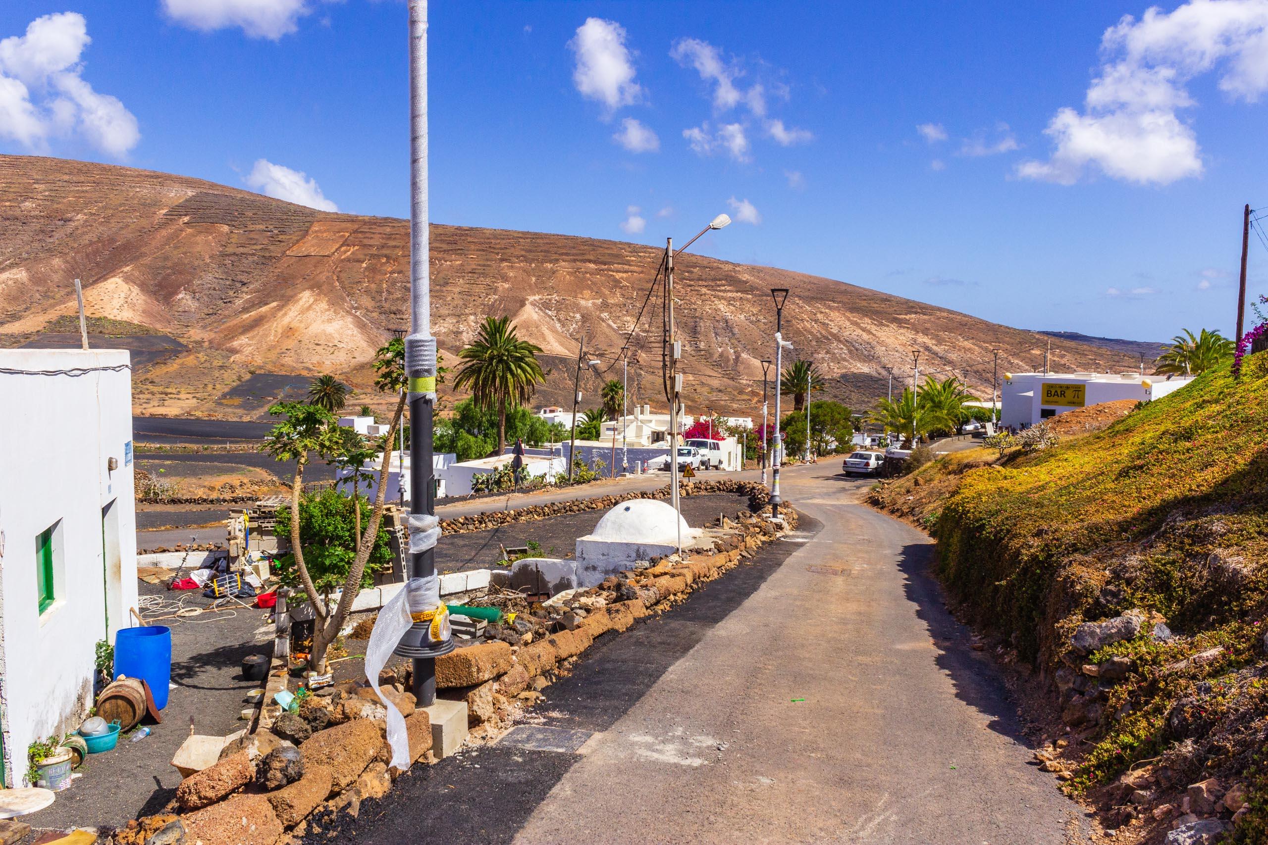 2018 08 Lanzarote AWalkRoundTabayesco 1 001