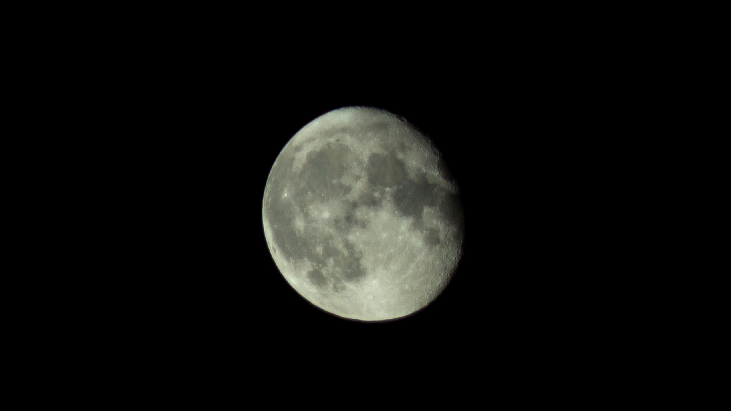 TAT the moon and Jupiters moons 002