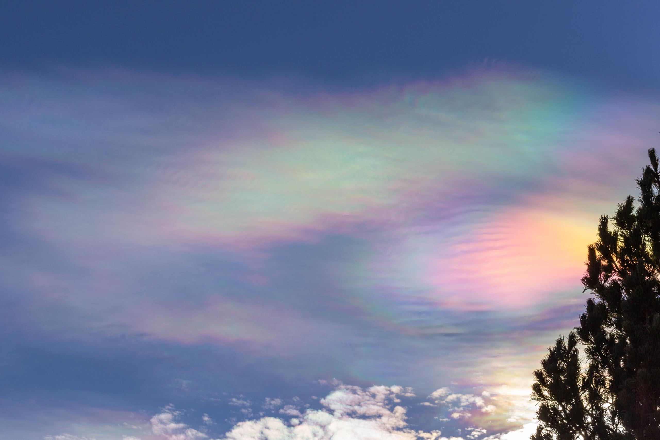 TAT iridescent clouds 001