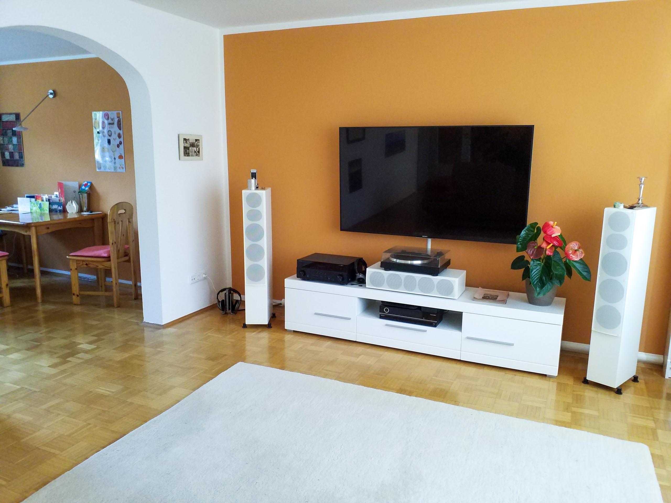 HA 2020 6 living room 004