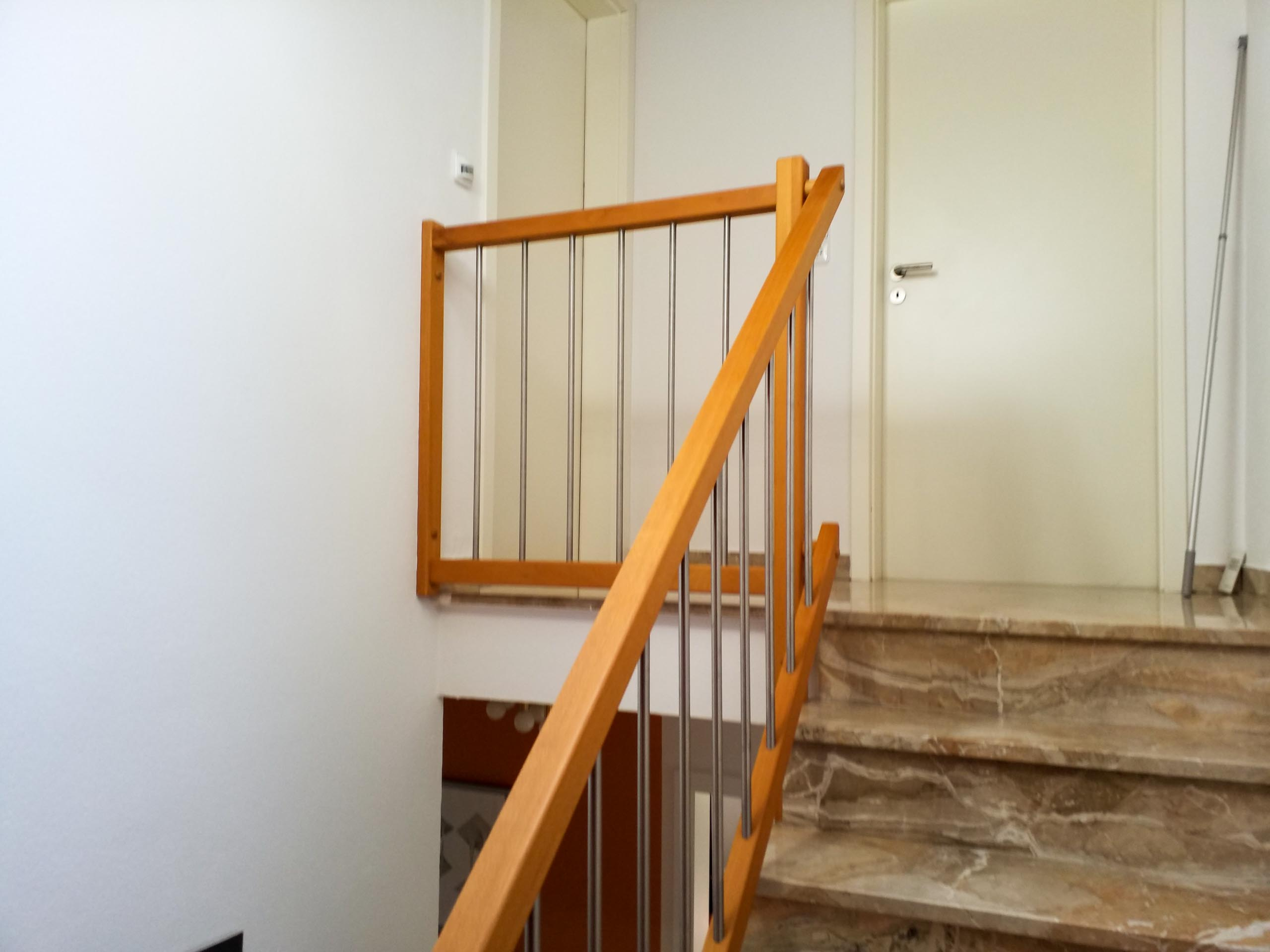 HA 2020 A stair case and halls 004